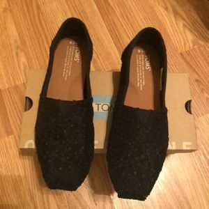 Toms size 5.5